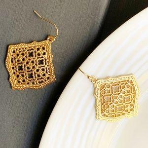 Jewelry - NEW Rhombus Filigree Earrings (gold)